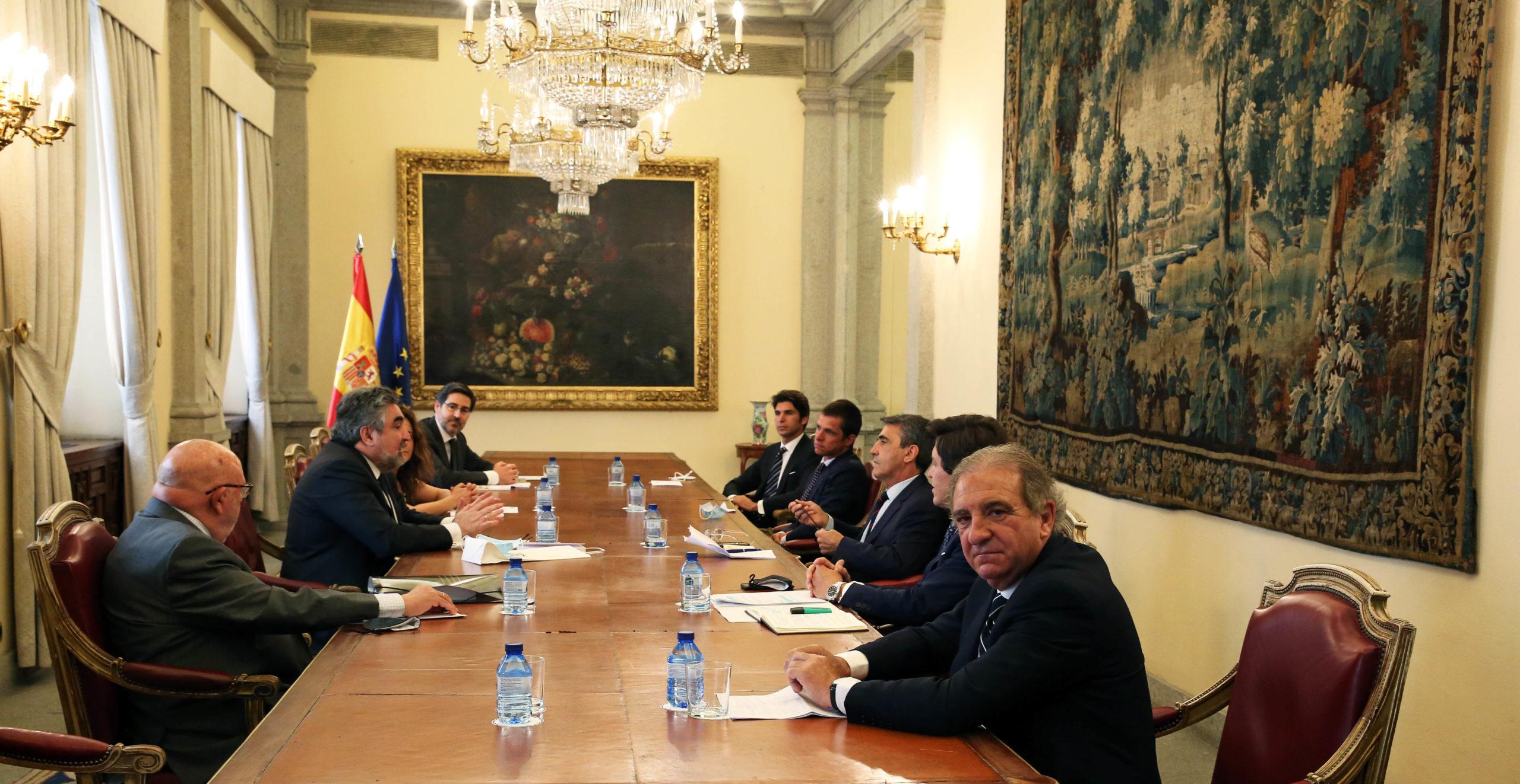 El ministro de Cultura se reúne con el sector taurino