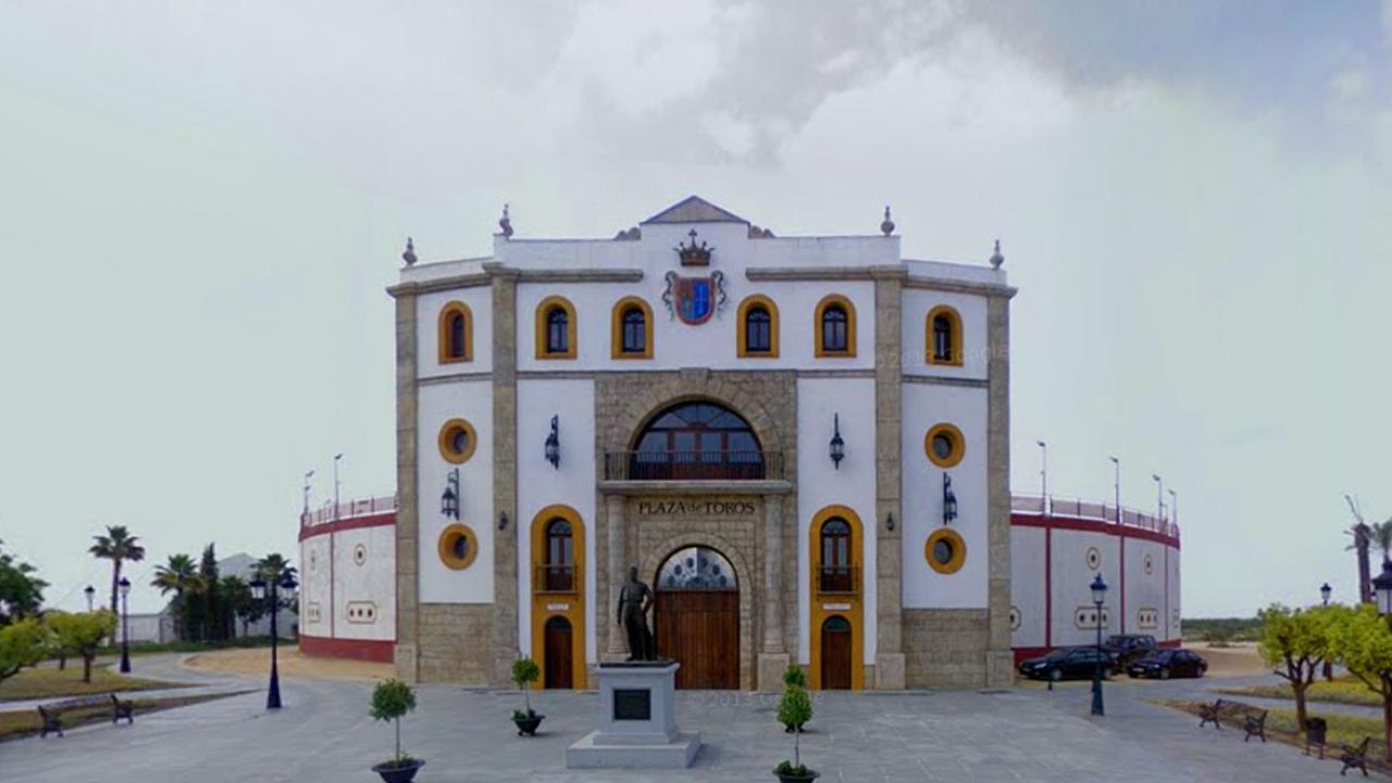La FTL informa al segundo teniente de alcalde de Espartinas sobre las consecuencias de sus declaraciones a ABC Sevilla