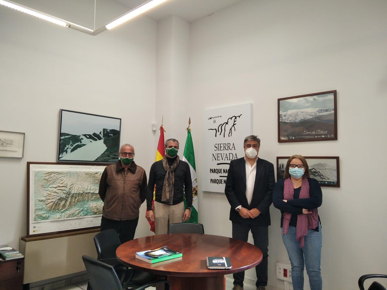El Capítulo de la FTL en Granada mantiene una reunión con el director del Espacio Natural de Sierra Nevada