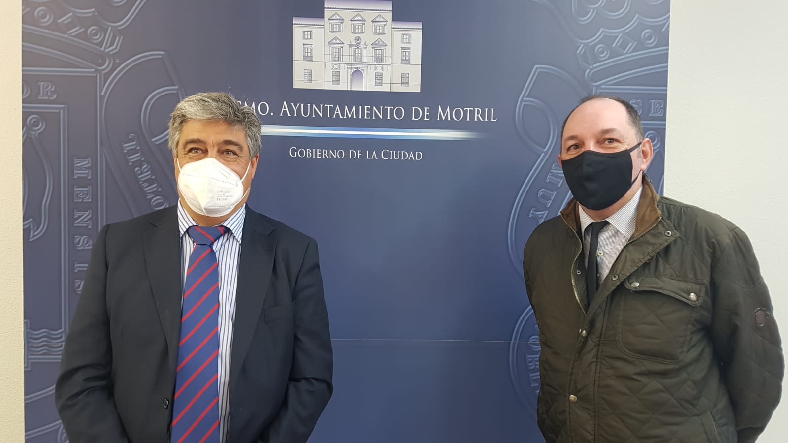 El Ayuntamiento de Motril abre las puertas al Capítulo de Granada para tratar el futuro de su plaza de toros